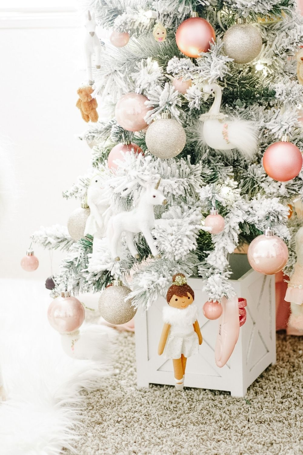 Small And Beautiful Christmas Trees For Kid S Bedrooms Casapizzi